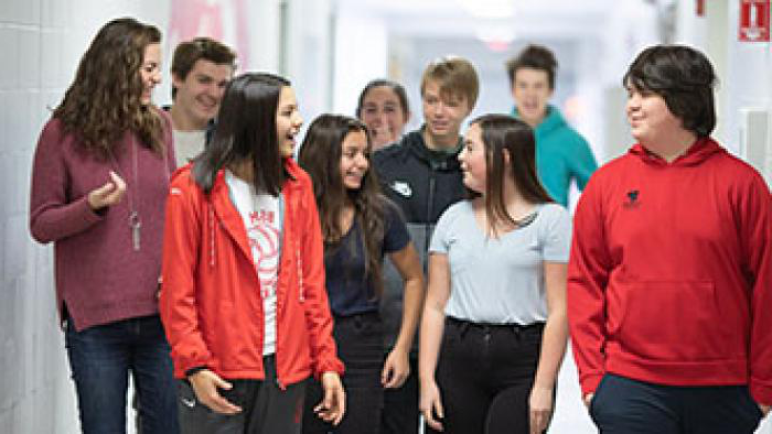 BSM students walk through the halls on a tour.